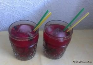 Fruchtiger Sommereistee