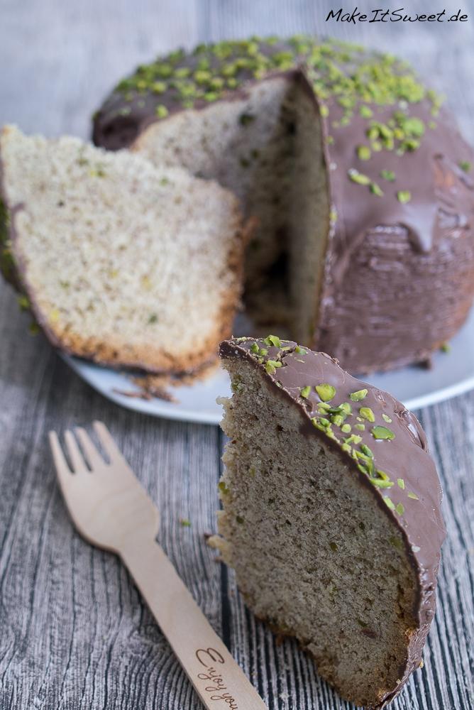 Mandeln Schokolade Pistazie Kuchen Brotbackautomat Rezept BBA schnell einfach