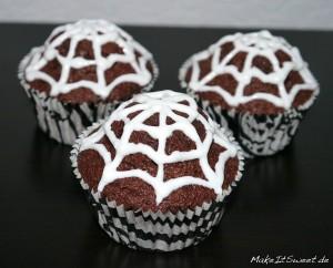 Spinnennetz-Muffins-2