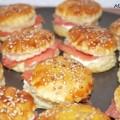 Mini-Lachs-Burger-Sesam