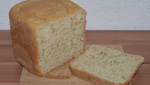 Schnittlauch-Sesam-Brot aus dem Brotbackautomat oder Backofen