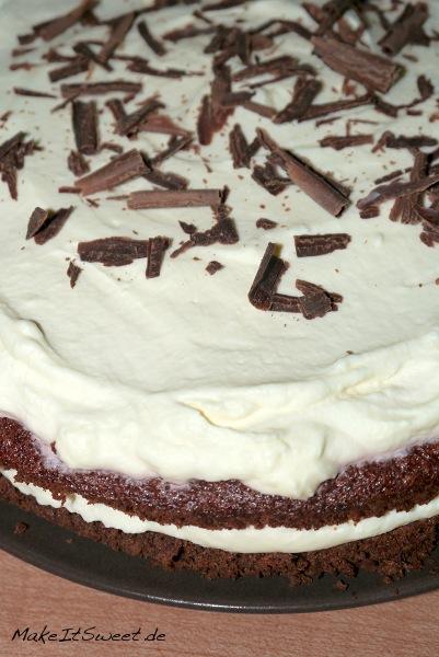 Schokoladenkuchen-mit-Creme-und-Rote-Bete-Rezept