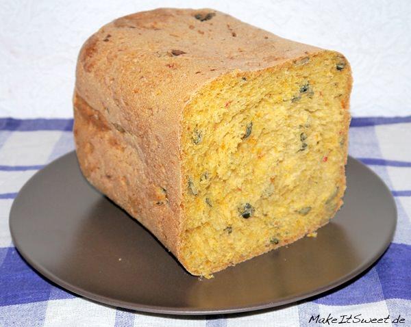 Kürbis-Chili-Brot-aus-dem-Brotbackautomat-Rezept