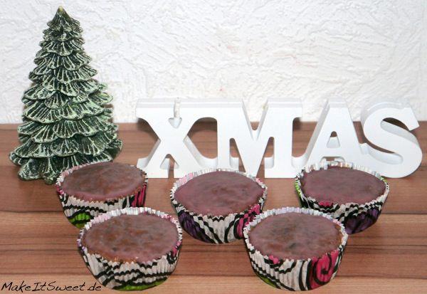 Weihnachtsmuffins-Weihnachtliche-Muffins-mit-Glühwein-und-Pistazien-Rezept