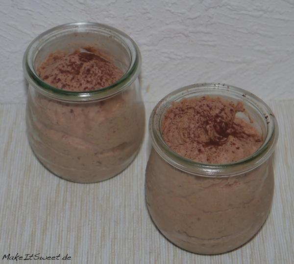 Schnelles Weihnachts-Schokomousse weihnachtliches Dessert Rezept