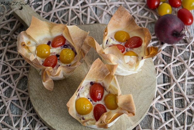 Feta Tomaten Schmand Zwiebeln Muffins Filoteig Rezept vegetarisch