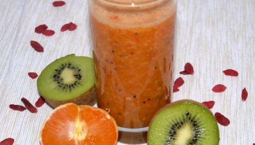 Kiwi-Mandarinen-Smoothie Rezept mit Goji-Beeren