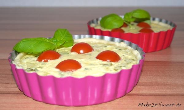 Tomate Mozzarella Basilikum Zwiebel Tartelette Rezept