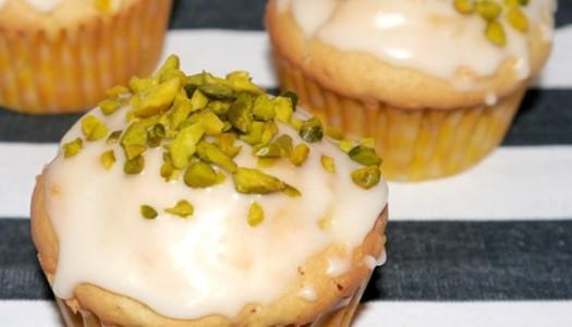 Mango-Maracuja-Muffin mit Pistazien Rezept