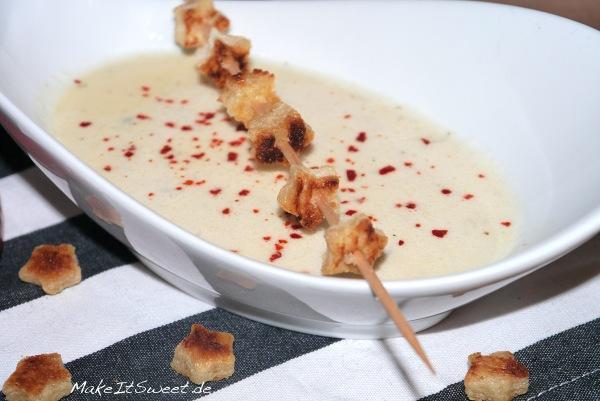 Kaesesuppe mit Chili Croutons Rezept