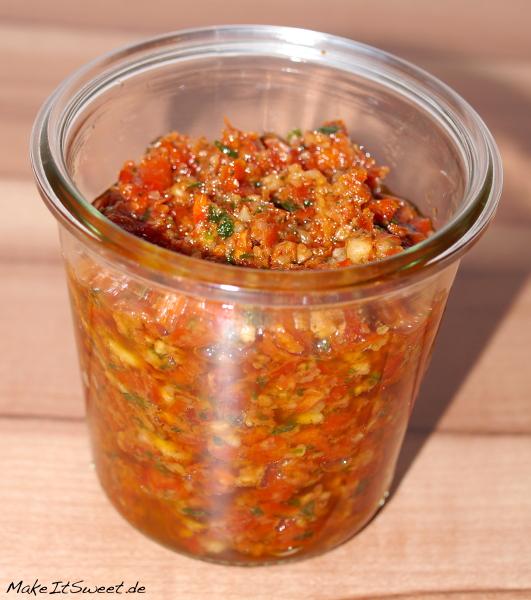 Rosso-Pesto Rezept Tomate vegetarisch selbstgemacht