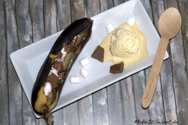 Banane vom Grill mit Vanilleeis Dessert suess Rezept