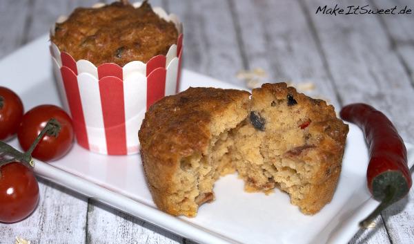 Chili-Hafer-Muffins mit getrockneter Tomate Olive Mozzarella Haferflocken Rezept