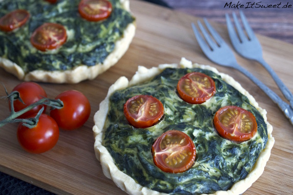 Tartelette mit Spinat Ricotta Tomaten Rezept einfach Muerbeteig