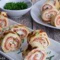 Lachs Pfannkuchen Roellchen Haeppchen Rezept einfach