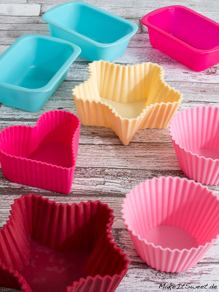 Kuchen in silikonform abkuhlen lassen