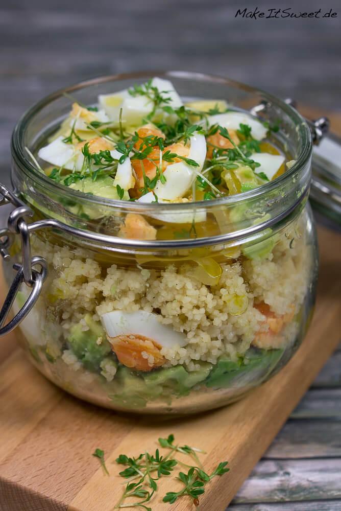couscous avocado eier salat im glas rezept. Black Bedroom Furniture Sets. Home Design Ideas