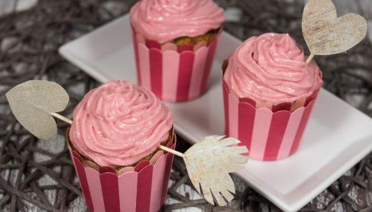 Himbeere-Muffins mit Himbeeren Topping