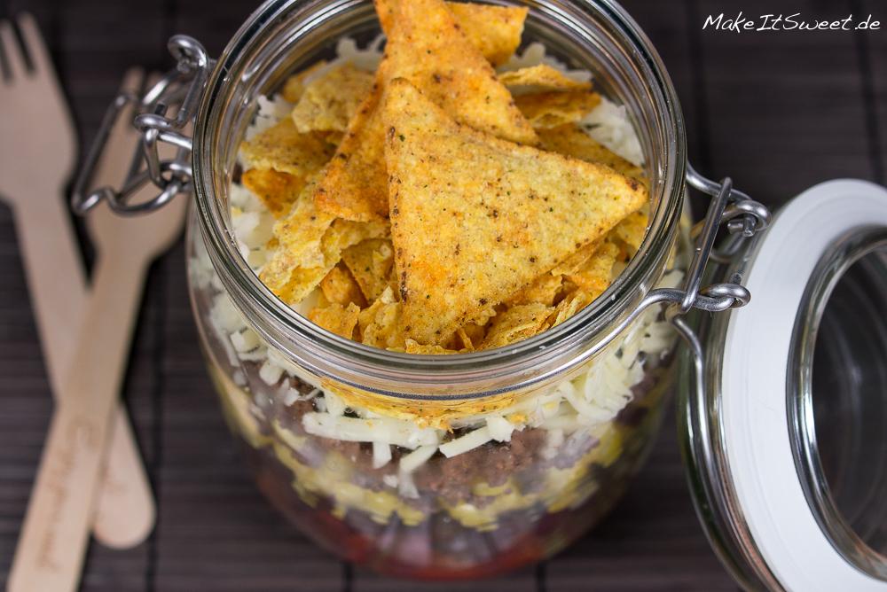 nachosalat tacosalat hackfleischsalat kaese mais bohnen im glas rezept mitnehmen zubereiten. Black Bedroom Furniture Sets. Home Design Ideas