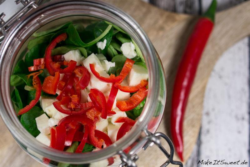 Thunfisch-Mozzarella-Salat im Glas Rezept Vorbereiten Mittagessen togo mitnehmen