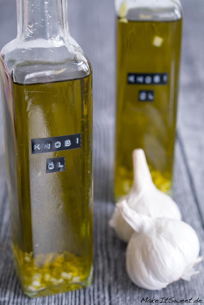 Knoblauchoel Rezept selbermachen zubereiten Geschenk aus der Kueche