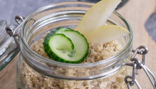 Quinoa-Apfel-Gurke Salat im Glas Rezept