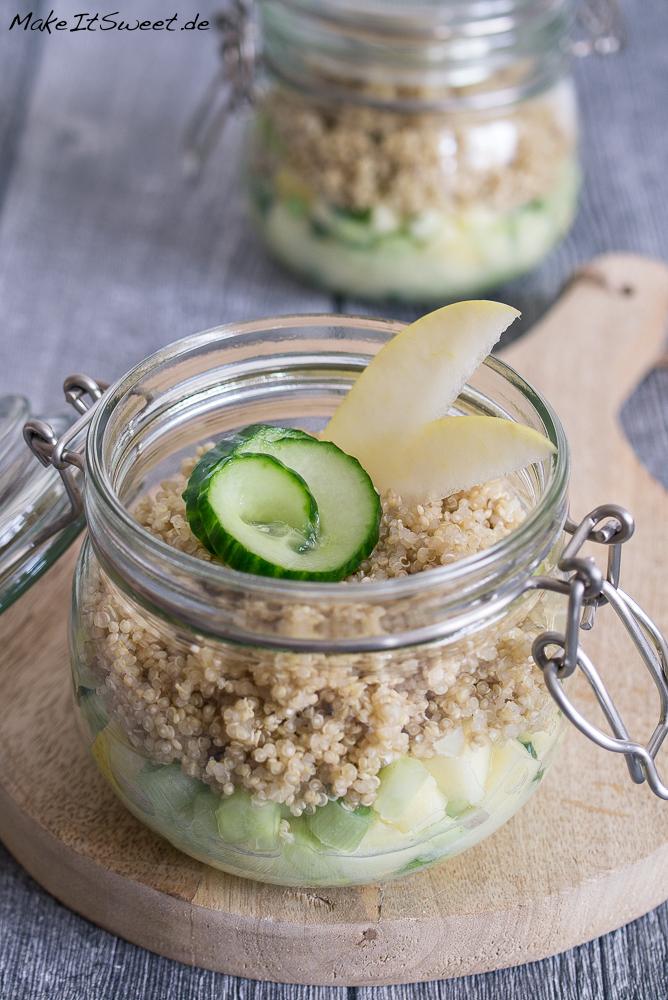 Quinoa Apfel Gurke Salat im Glas Rezept Mitnehmen Buero