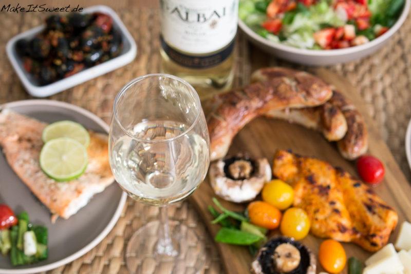 Rioja fuer Weingeniesser Grillen Weisswein Fisch Fleisch Gemuese