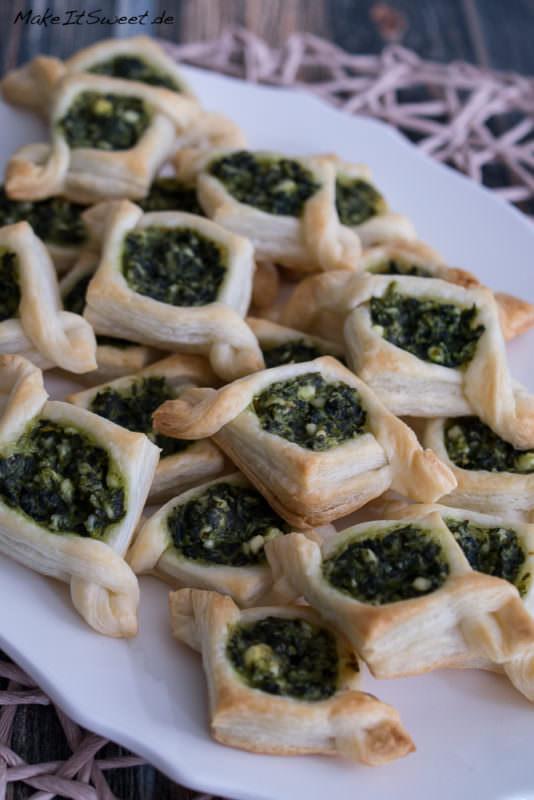 Spinat Feta Schiffe Blaetterteig Rezept Haeppchen Fingerfood Schiffchen vegetarisch mit Anleitung