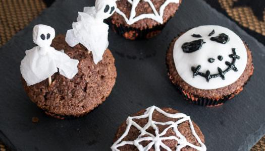 Einfach Halloween-Muffins dekorieren