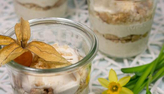 Physalis-Zimt-Dessert im Glas Rezept